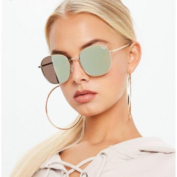 b30f502dd2 Quay Gold Gold jezabell round mirror sunglasses